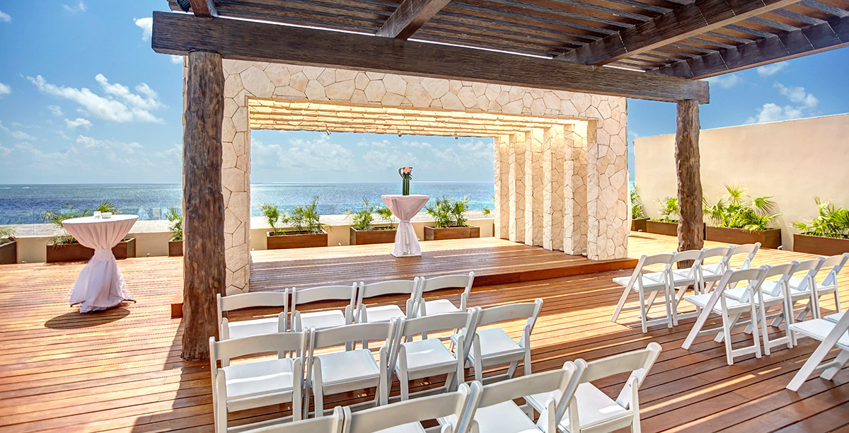 Weddings at Royalton Luxury Resorts